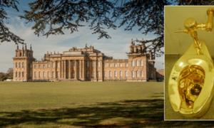 Main: Blenheim Palace (Snowshill / Adobe Stock). Inset: The Gold Toilet (CC by SA 2.0)