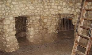 Grime's Graves: 5,000-Year-Old Flint Mine Opens a Window to the Past