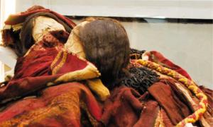 These two Incan mummies were found with a toxic substance in their grave.