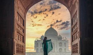 Jahanara and Roshanara: Rival Princesses of the Mughal Empire