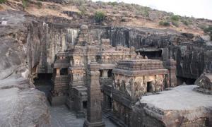Ellora, cave 16, Kailasa Temple.