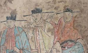Farmers in Inner Mongolia discovered this ancient fresco depicting Khitans playing music. Source: Xinhua
