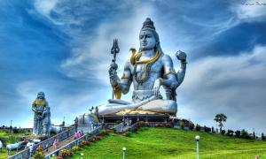 HDR of the giant statue of Lord Shiva at Murudeshwar, Karnataka, India