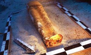 A team of Turkish archaeologists have announced the fascinating underwater discovery of a large terracotta sculpture of a bare-footed woman wearing a long dress. Could it be Aphrodite who is hidden under the waters? They say that the statue they found hiding in the sand of the Aegean Sea is a Cypriot goddess and the biggest find in underwater history for their country to date.