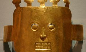 "Funerary Mask, from Malagana 200BC-200AD on exhibit with the exhibit ""The Spirit of Ancient Columbian Gold""."