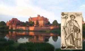 Main: Teutonic Castle in Malbork, Poland