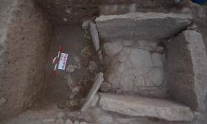 The tomb with 8 human sacrifices at the entrance and 2 skeletal remains within.
