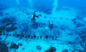 Marine research and excavation in the wreck area of the Mentor