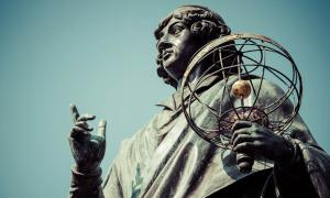 Finding the Grave of Nicolaus Copernicus - Heretic Turned National Hero