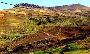Ark impression, 17 miles south of Ararat. Source: David Allen Deal.