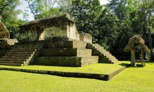 Temple at Ceibal site, Guatemala