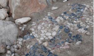 Closeup of the Bronze Age mosaic at Usa̧klı Höyük. Source: Anacleto D'Agostino / Usa̧klı Höyük Archaeological Project
