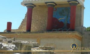 Knossos, Crete: View of the North Gate Fresco