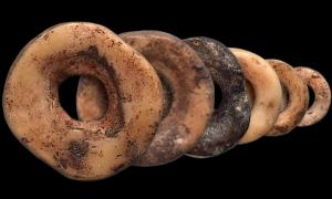 Ostrich eggshell beads have been used to cement relationships in Africa for more than 30,000 years.  Source: John Klausmeyer, Yuchao Zhao & Brian Stewart / University of Michigan