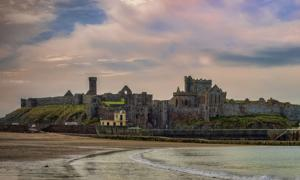 Peel Castle, Isle of Man. Source: vulcan57 / Adobe