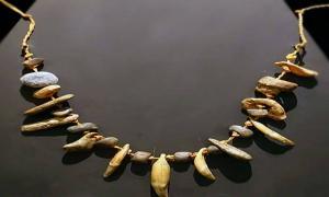 Pendant, Aurignacian culture, 31000-24000 BC