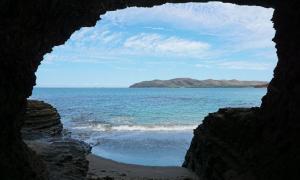New Caledonia Cave. Credit: damedias / Adobe Stock