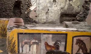 A place that sold street food, buried beneath volcanic debris for almost 2000 years, is to reopen in Pompeii, Italy next Easter. The Pompeii food stall is an amazing discovery for so many reasons.
