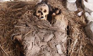 Pre-Hispanic mortuary bundle in Mexico