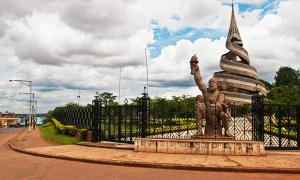 Reunification Monument, Yaoundé, Cameroon          Source: Ngnogue.Z