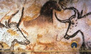 Aurochs, Horses and Deer of Lascaux caves (Lascaux / CC BY-SA 3.0)