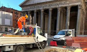 An ancient imperial floor has been discovered in the latest Rome sinkhole, right in front of the Pantheon.        Source: Virginia Raggi