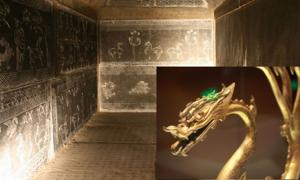 Eastern Han Tomb (CC by SA 3.0). Inset: Ancient Chinese dragon made from gold (Lukas Hlavac / Adobe Stock)