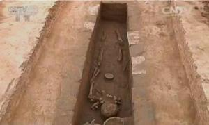 A well-preserved skeleton in one of the 18 tombs that had several types of grave goods in the Ruins of Yin, an area called the Chinese cradle of civilization.