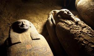 Egyptian archaeologists have discovered at least thirteen 2,500-year-old sealed burial caskets at the Saqqara archaeological zone. Source: Egyptian Ministry of Tourism and Antiquities