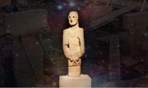 Deriv; Statue from Gobeklitepe at Urfa Museum (CC BY 2.0), Orion Nebula (CC BY 4.0), and Gobekli Tepe