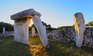 Taulas of Menorca megaliths