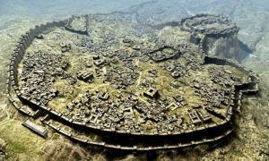 Artist's representation of the Hittite city of Hattusa in Anatolia.