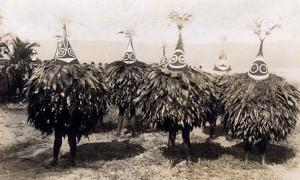 Duk Duk dancers; the Duk Duk - secret society of men, 1913.
