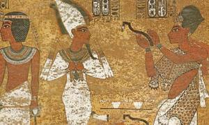 Ay as Sem Priest in tomb of King Tutankhamun. Note the leopard pelt – this is an example of the Imiut.