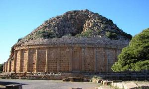 Tombeau de la chretienne, Tipasa. (tomb of the Christian Woman – an alternate name of the Royal Mausoleum of Mauretania).