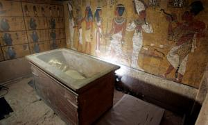 Debate Surges in Place of Discovery in Tomb of Tutankhamun