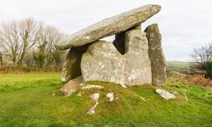 Trethevy Quoit, portal dolmen in Cornwall	Source: Andy Chisholm / Adobe Stock