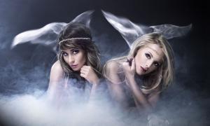 Two sirens. (Aarrttuurr / Adobe)