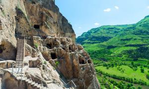 Vardzia, Georgia's Incredible Cave City Built By Their Fierce Queen