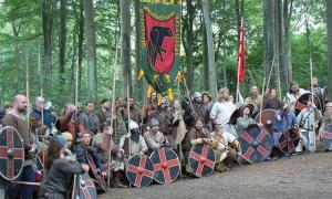 Reconstruction of a Viking meeting by Jonathan Hart