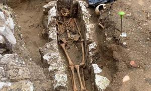 "One of the most exciting discoveries made during the excavation of the Great Sacristy at Westminster Abbey is the skeleton of a monk in ""extraordinary condition"", which could hold valuable archaeological data.           Source: Westminster Abbey"