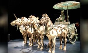 Bronze Chariot & Horses w/ Coachman ―Qin Dynasty, 221-206 BC