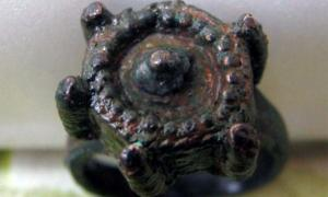 The Medieval ring found in Kavarna, Bulgaria (Image: Kavarna Municipality)