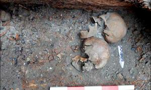 Pair Died in 500 BC and Went to Next Life in Fur Coats, but with Their Heads Severed