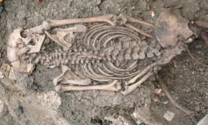 adult man (ID 2072) buried at Sigtuna