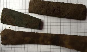 3,000-year-old broken weapons in Scotland