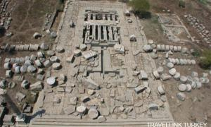 Ancient Greek sanctuary to receive 2,200-year-old cargo