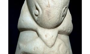 Ancient dolphin statue near Gaza