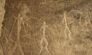 Early Humans Hunting Spears