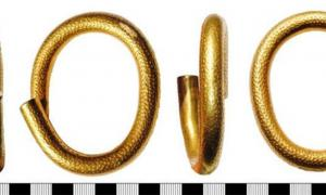 This Bronze Age gold arm ring is one of the ancient treasures found in Britain in 2019. Source: British Museum/Portable Antiquities Scheme